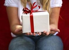 Что подарить девочке на 13 лет