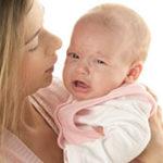 Почему новорожденный часто икает после кормления